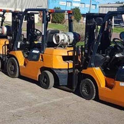 Need to hire a forklift ... FAST?
